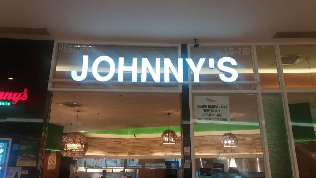Johnny's Restaurant IOI City Mall - Koyo Ice Maker Machine Customer